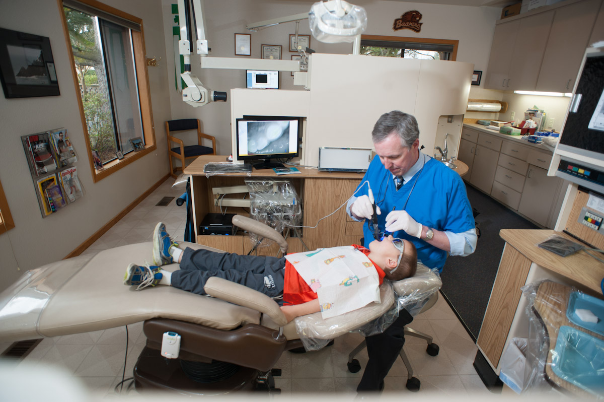 Dentist in Albany, Oregon